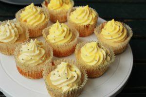 کاپ کیک زعفرانی